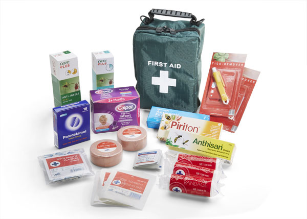 INSECT REPELLENT TRAVEL FIRST AID KIT - CM0145